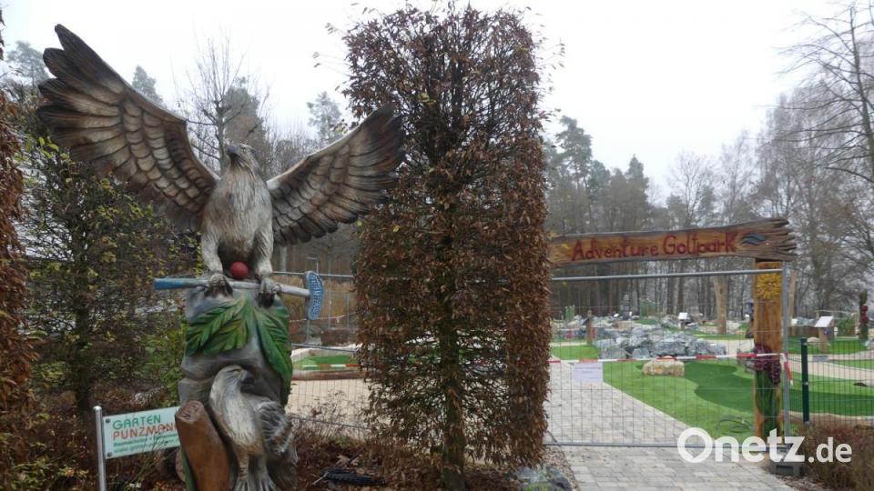 Adler mit Golfschläger soll Eschenbacher Golfanlage zu Höhenflügen...