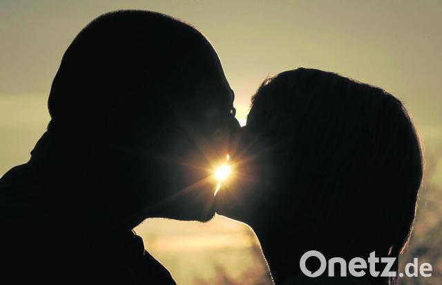 Perfekter Kuss Ist Für Die Meisten Deutschen Gefühlssache Onetz