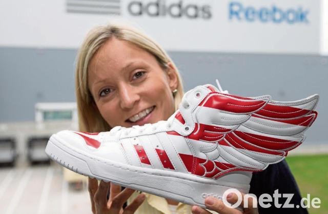 Das Weltgrosste Warenverteilzentrum Von Adidas Steht In Niedersachsen