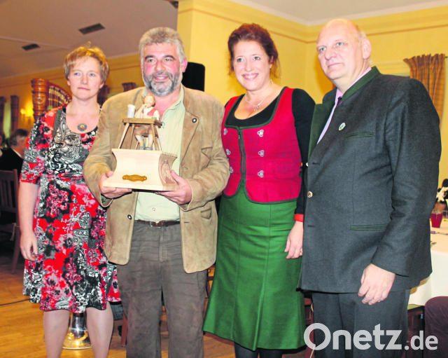 Luise Kinseher macht den Preis rund | Onetz
