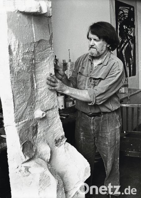 Der Bildhauer Lothar Fischer Ware Heute 80 Jahre Alt Geworden Mitbegrunder Der Kunstlergruppe Seine Schaffenskraft Lebt Im Eigenen Museum Weiter Onetz