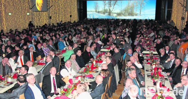 Weihnachtsfeier Geschichte.über 900 Gäste Hören Bei Der Hamm Weihnachtsfeier Eindrucksvolle