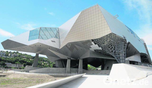 Futuristische architektur f r knapp 300 millionen euro lyon er ffnet spektakul ren museumsbau - Futuristische architektur ...