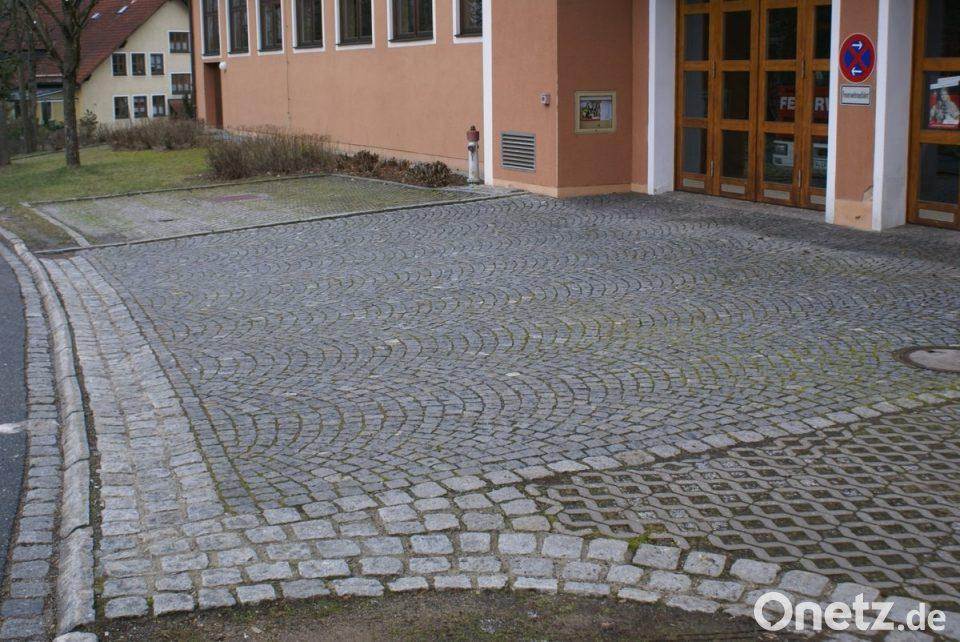 Bevorzugt Pflastersteine müssen für Asphalt weichen   Onetz LL61