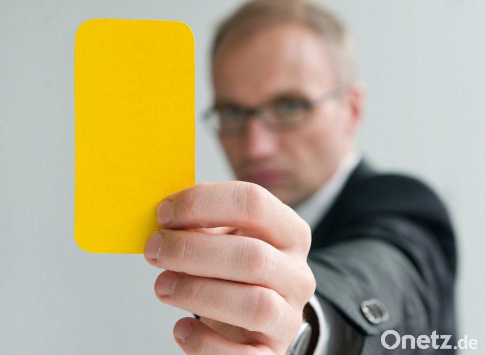 Das Ist Die Gelbe Karte Onetz