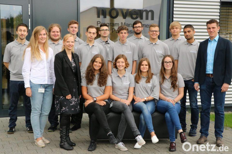 Novem begrüßt neuen Auszubildenden  Gute Wahl getroffen   sc 1 st  Onetz & Gute Wahl getroffen