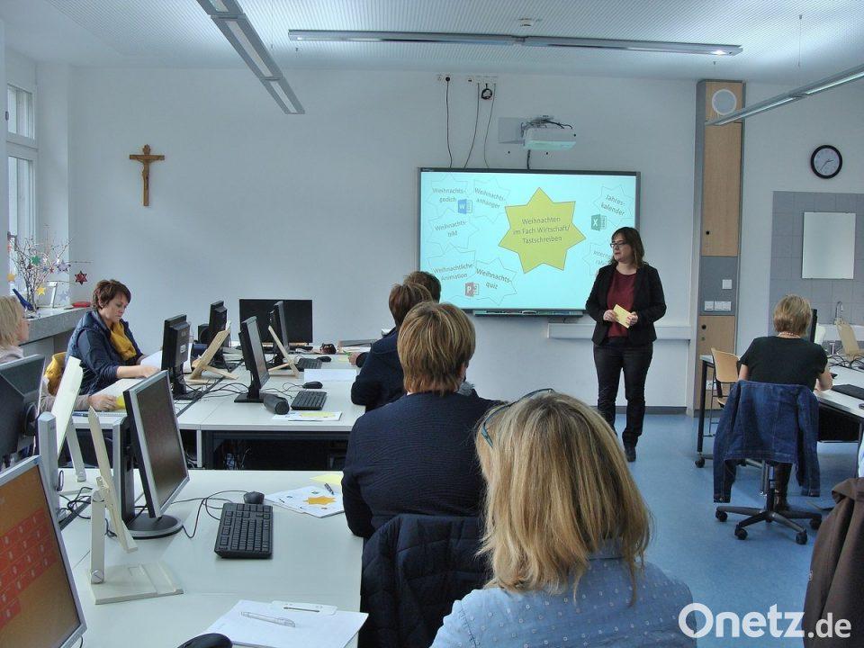 Weihnachtliche Ideen an der Doktor-Eisenbarth-Mittelschule | Onetz