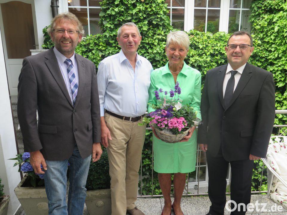 Senioren Ministranten Feiern Goldene Hochzeit Onetz