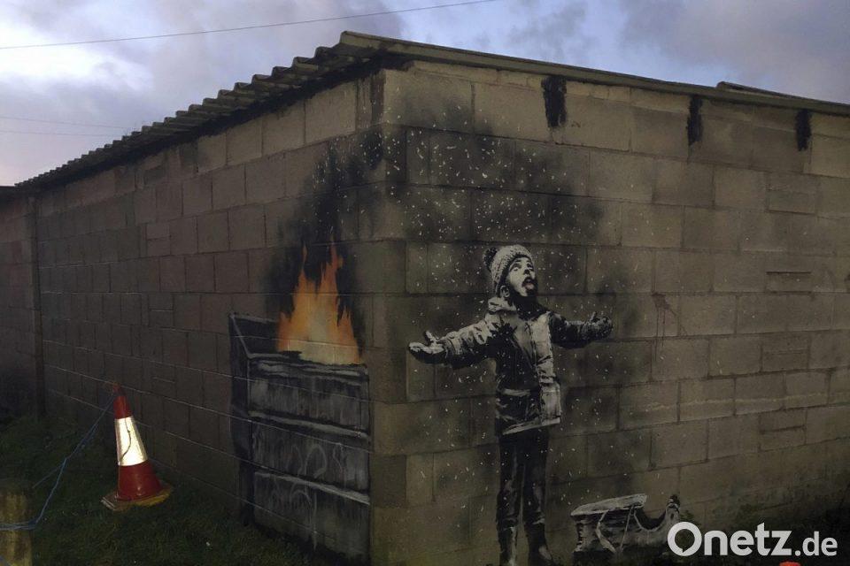 Weihnachtsgrüße Mieter.Weihnachtsgrüße Von Banksy Neues Graffiti In Wales Onetz