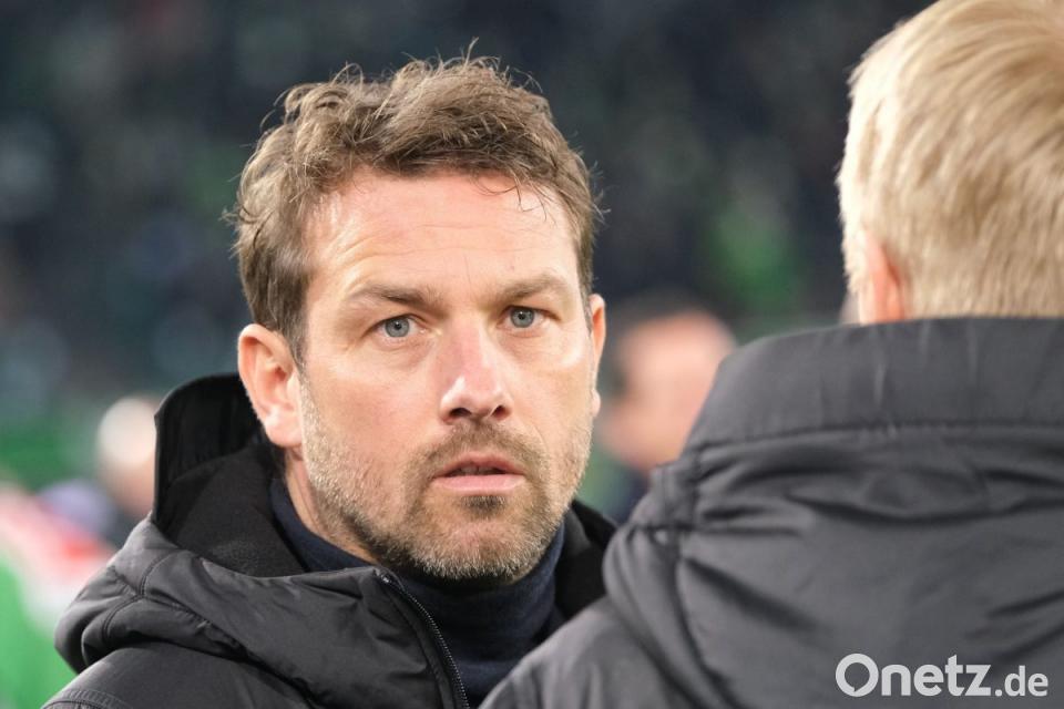 Kovac Rückkehr Weinzierl Gegen Schalke Und Urlaub In Gefahr Onetz