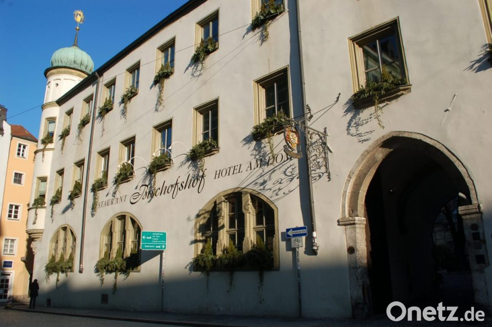 Brauerei Ubernimmt Restaurant Bischofshof Am Dom Selbst Onetz