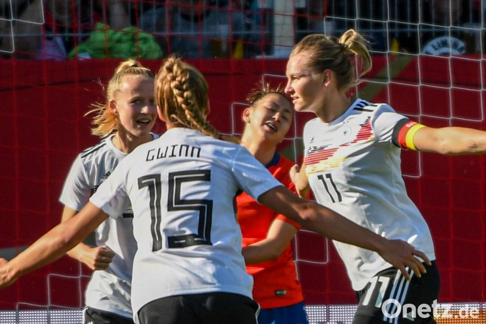 Wm Generalprobe Deutsche Fussballerinnen Schlagen Chile Onetz