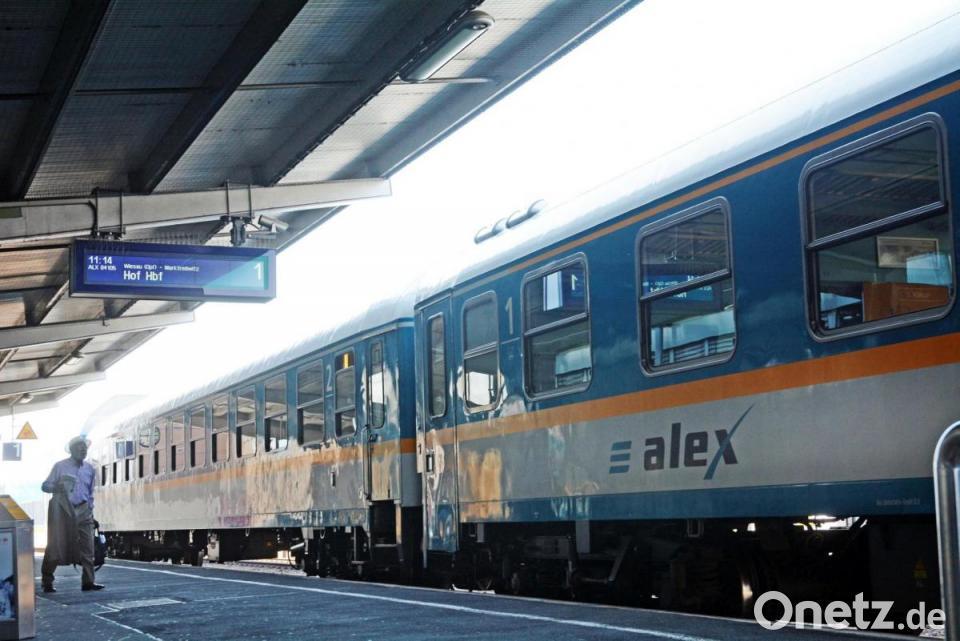 Alex Zug Lässt Fahrgäste Warten Onetz