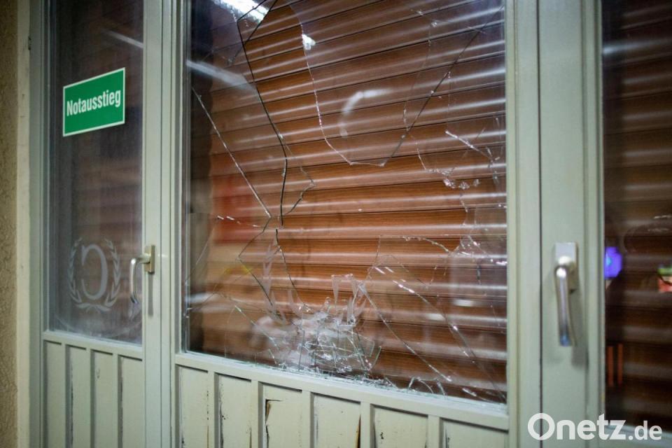 Kurdische Demonstranten Attackieren Türkische Läden In Herne