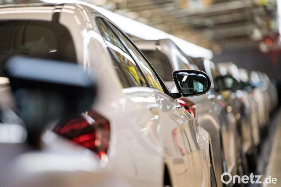 Teure Autos wieder gefragt - Mercedes, BMW und Audi verkaufen mehr ROUNDUP