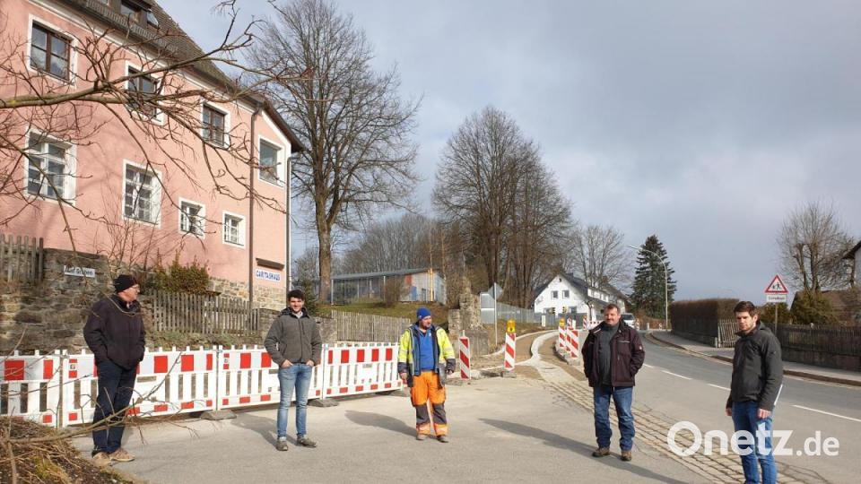 In der Eslarner Straße in Schönsee fallen Barrieren