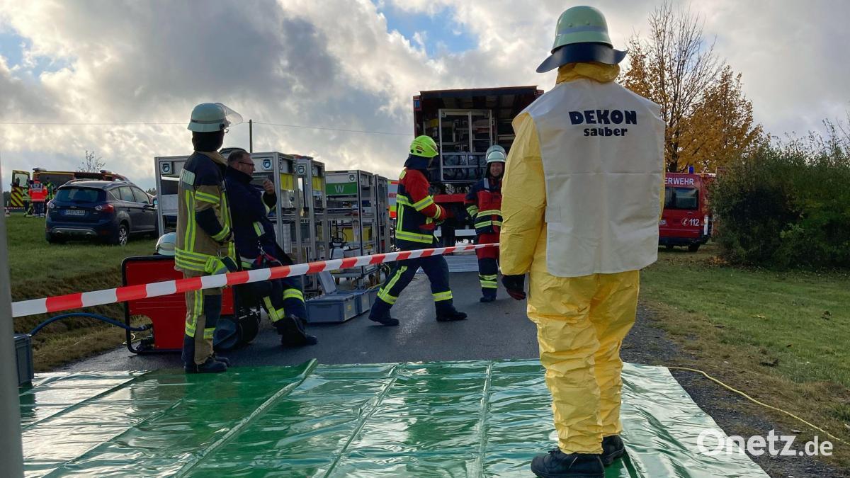 Großübung an der Ölpipeline im Landkreis Schwandorf